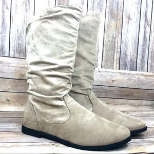 Charles Albert sand slouchy slip-on boots size 8